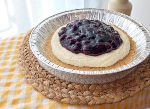 รับทำ Blueberry Cheese Pie Homemade